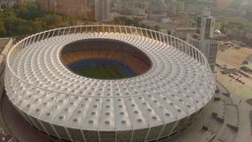 Voando acima do estádio, vista panorâmica, campeonato do mundo, aéreo video estoque