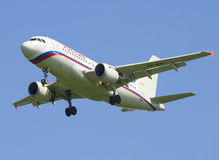Voando as linhas aéreas Rússia de Airbus A319-114 VP-BIU Imagem de Stock Royalty Free