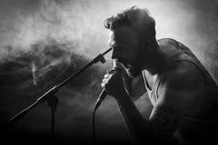 Vocalist in Hardrock-Overleg Royalty-vrije Stock Foto