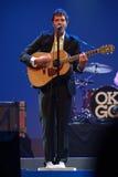 Vocals del cavo di Damian Kulash e giocatore di chitarra Fotografia Stock