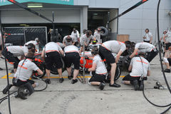 VODAFON McLAREN TEAM 2009. Team Practice at at Sepang F1 Malaysia 200 Grand Prix Royalty Free Stock Photos