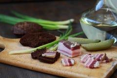 Vodca salgado do russo do aperitivo do bacon Imagens de Stock Royalty Free