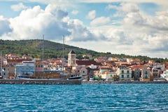 Vodice Kroatiensikt från havet Royaltyfri Foto