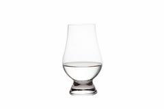Vodka aislada en Crystal Tasting Glass Fotos de archivo