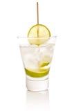 Vodka med limefrukt arkivbild