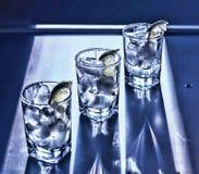 Vodka, tequila, genièvre Cocktail alcoolique photographie stock libre de droits