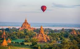 Voe balão um 4 de dezembro Fotografia de Stock Royalty Free