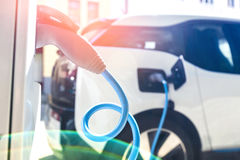 Voeding voor het elektrische auto laden Royalty-vrije Stock Afbeeldingen