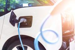 Voeding voor het elektrische auto laden Stock Afbeelding