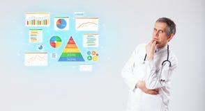 Voedingsdeskundige met voedend opnameconcept stock afbeeldingen