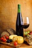Voedsel en wijn Royalty-vrije Stock Afbeeldingen