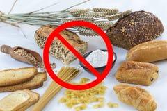 Voedsel niet gluten vrij, met ceraleskorrels met verbodssymbolen Royalty-vrije Stock Afbeeldingen