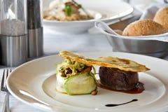 Voedsel in restaurant Stock Afbeeldingen