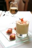 Voedsel, soep-Room met Garnaal Stock Afbeeldingen