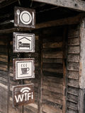 Voedsel, Zaal, Drank en Vrij WiFi-teken stock foto's