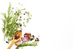 Voedselachtergrond, kruiden en kruiden royalty-vrije stock foto's