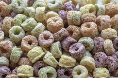 Voedselgraangewas van maïszetmeel tot een verscheidenheid van kleuren wordt gemaakt die stock afbeelding