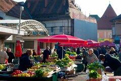 Voedselmarkt in Zagreb stock fotografie