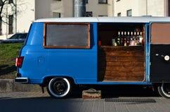 Voedselvrachtwagen op wielen royalty-vrije stock fotografie