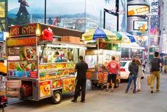 Voedselvrachtwagens in de Stad van New York Stock Foto