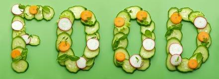 Voedselwoord van rauwe groenten wordt gemaakt die Stock Afbeeldingen
