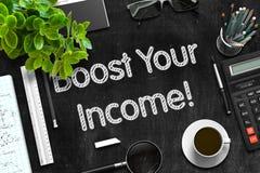 Voer Uw Inkomen op Zwart Bord op het 3d teruggeven Stock Foto's