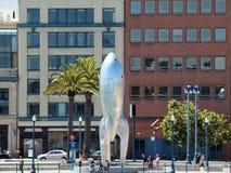 0-voet het Gotische Rocketship beeldhouwwerk van Raygun dat San Fr versiert Stock Foto's