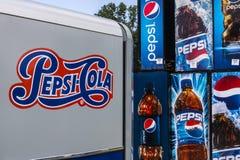 Voet Wayne - Circa Augustus 2017: Pepsi en de Automaten die van Pepsico op Reparatie V wachten Stock Foto