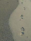 Voetafdrukken op het zand Royalty-vrije Stock Afbeelding