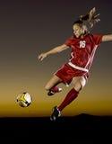 Voetbal bij Schemer Royalty-vrije Stock Foto