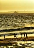 Voetbal, zonsondergang, strand Royalty-vrije Stock Foto's