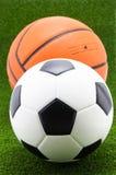 Voetbalbal met basketbal royalty-vrije stock afbeelding