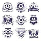 Voetbalclub of de vectorbal van de voetballiga, het lint vectorpictogrammen van stervleugels Stock Foto