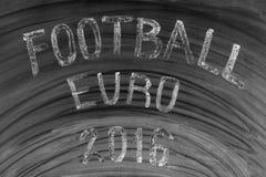 Voetbaleuro 2016 geschreven op een gebruikt bord Stock Foto