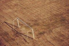 Voetbalgebied en poort stock afbeelding