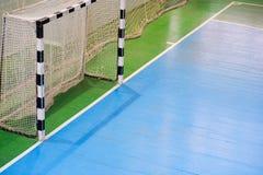 Voetbalgebied, Futsal-balgebied in de gymnastiek binnen, het gebied van de Voetbalsport Royalty-vrije Stock Foto's