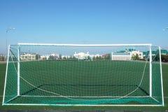 Voetbalgebied met een kunstmatig gazon Royalty-vrije Stock Foto