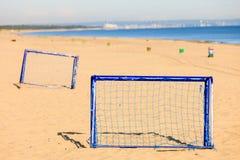 Voetbalpoort op het zandige doel van het strandvoetbal royalty-vrije stock foto's