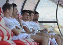 Voetbalsters op substitutiebank stock foto's