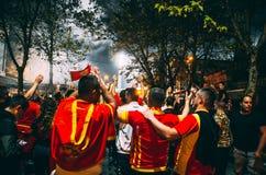 Voetbalventilators vóór het spel royalty-vrije stock foto's
