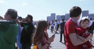Voetbalventilators van Argentinië stock videobeelden