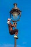Voetbalvrij slag Iya Traore die met een Voetbalbal jongleren voor Royalty-vrije Stock Foto's