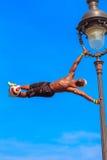 Voetbalvrij slag Iya Traore die met een Bal jongleren Royalty-vrije Stock Foto's