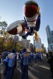 Voeten van sonische ballon in de parade van Macy Stock Afbeeldingen