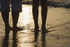 Voeten in zand. Stock Fotografie