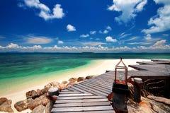 Voetpad langs het strand Royalty-vrije Stock Foto's