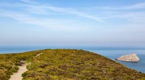 Voetpad op Brittany Coastline in Frankrijk stock foto's