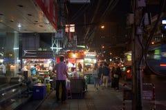 Voetpad of straatrestaurants in Bangkok Stock Foto's