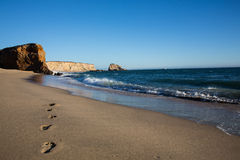 Voetstappen op een strand Royalty-vrije Stock Fotografie