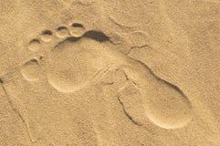 Voetteken op zand. Royalty-vrije Stock Afbeelding